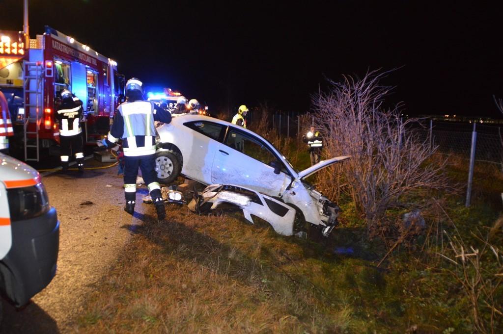Verkehrsunfall in Rietz – Lenkerin eingeklemmt