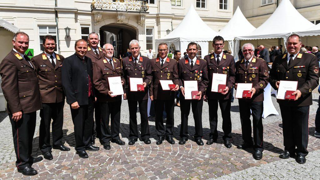 Verleihung Verdienstmedaille und Verdienstkreuz, Lebensrettermedailie